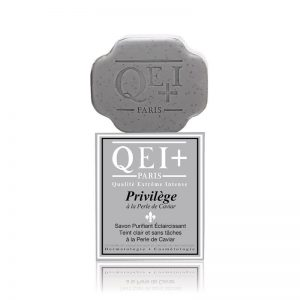 Privilège Purifying Exfoliating Soap